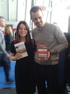 Finanzdiva und ich beim FinanzBuch Verlag